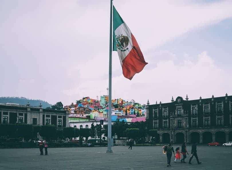 is mexico safe to live